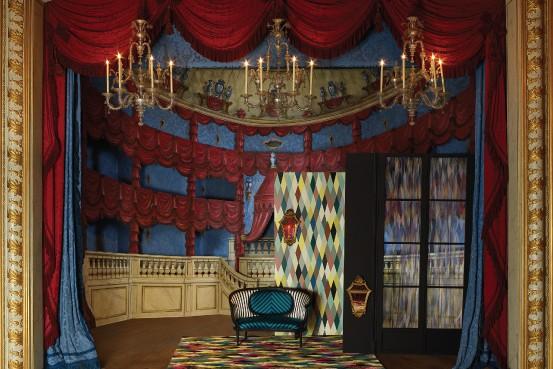 Новая коллекция Au Théâtre ce Soir от Christian Lacroix.